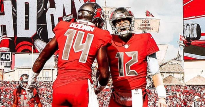 Chris Godwin gives Tom Brady his jersey number 12 back after joining the Tampa Bay Buccaneers