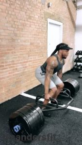 Derrick Henry of the Tennessee Titans doing hex bar deadlifts