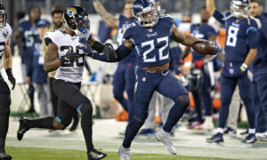 Derrick Henry of the Tennessee Titans running down the field in the NFL against the Jacksonville Jaguars